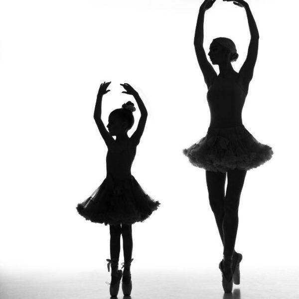 """Урок курса """"Свет-наше всё!""""md: Елизавета Грибанова и Стефания ТимошенкоРаботаем с фоновым светом. Фотокурс """"Свет наше все"""""""